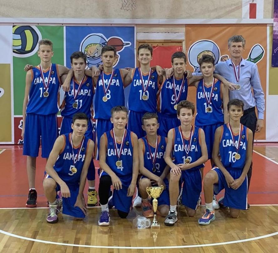 Ученик 7 «Б» кл. Фролов Богдан на Первенстве Самарской области по баскетболу среди команд юношей до 15 лет в составе сборной команды СШОР N1 занял первое место.